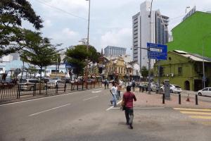 Evita accidentes ante los peatones imprudentes siguiendo estos consejos