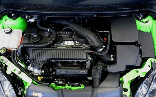 El funcionamiento mecánico del auto tiene que estar bien para aprobar la revisión